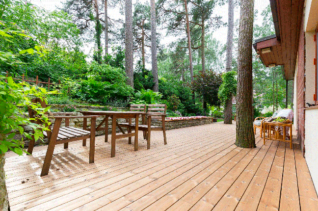 Benchmark Scots Pine Decking